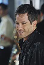 Luke Macfarlane's primary photo
