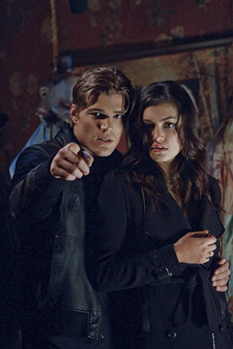 Phoebe Tonkin and Chris Zylka in The Secret Circle (2011)