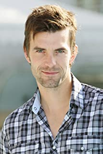 Lucas Bryant Picture