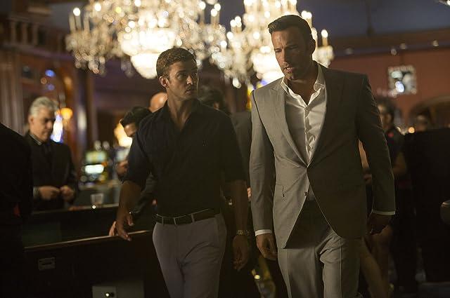 Ben Affleck and Justin Timberlake in Runner Runner (2013)