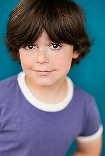 Aktori Carson Bolde