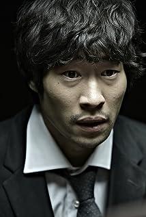 Aktori Seung-bum Ryoo