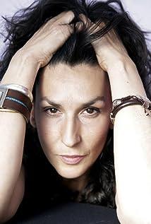 Aktori Elvira Mínguez