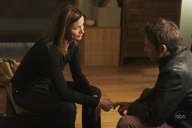 Tim Daly and Jayne Brook in Private Practice (2007)