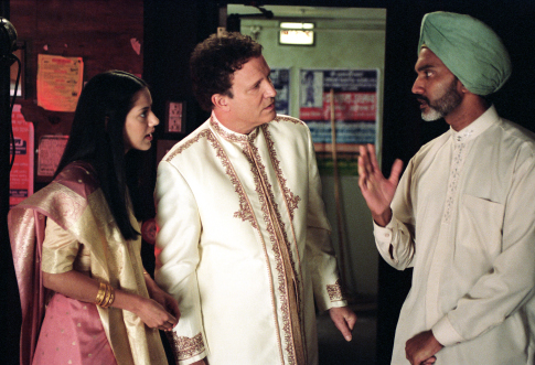 Albert Brooks, Sheetal Sheth, and Duncan Bravo in Looking for Comedy in the Muslim World (2005)