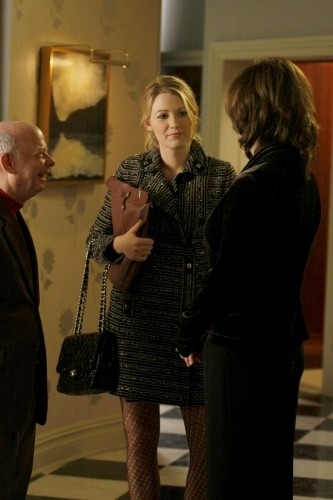 Wallace Shawn and Blake Lively in Gossip Girl (2007)