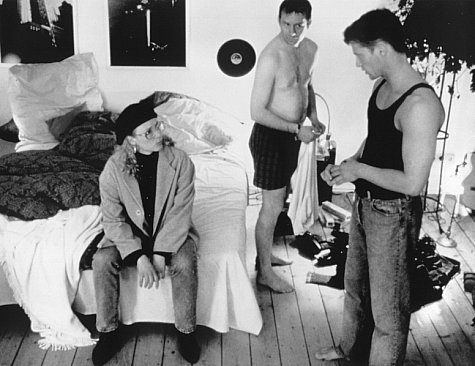 Til Schweiger, Joachim Król, and Katja Riemann in Maybe... Maybe Not (1994)