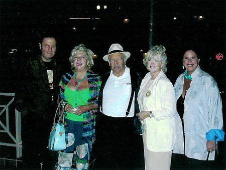 L to R Joe Bologna, Renee Taylor, Allan Rich, Connie Stevens and Lainie Kazan