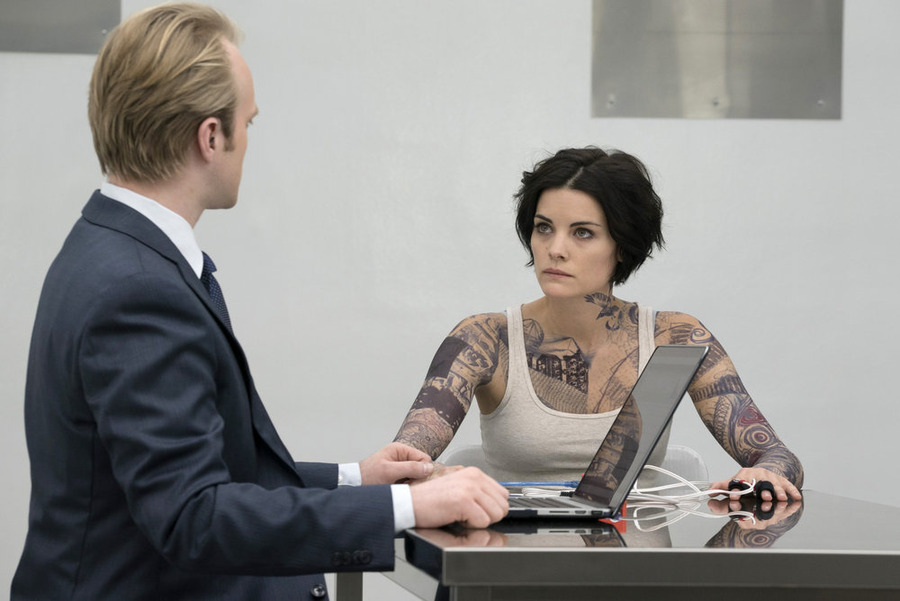Blindspot S02E09 – Why Let Cooler Pasture Deform