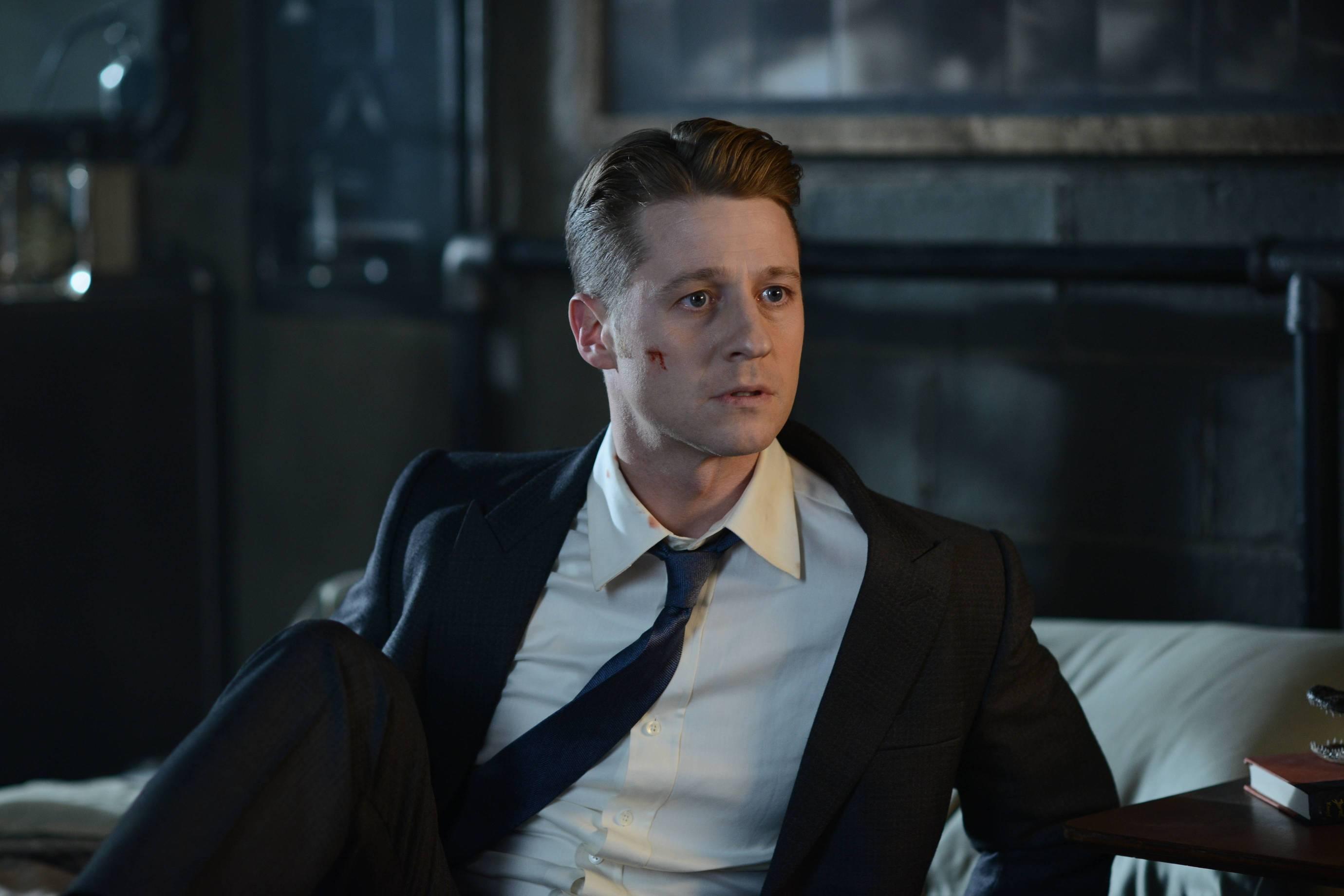 Gotham: Rise of the Villains: Worse Than a Crime   Season 2   Episode 11