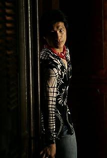 Dustin Nguyen Picture