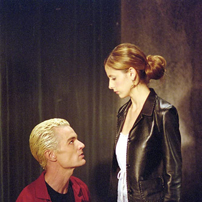 Sarah Michelle Gellar and James Marsters in Buffy the Vampire Slayer (1997)