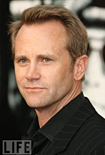 Lee Tergesen Picture