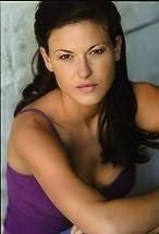 Alicia Lagano's primary photo