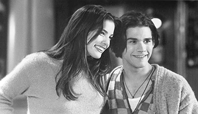 Liv Tyler and Johnny Whitworth in Empire Records (1995)