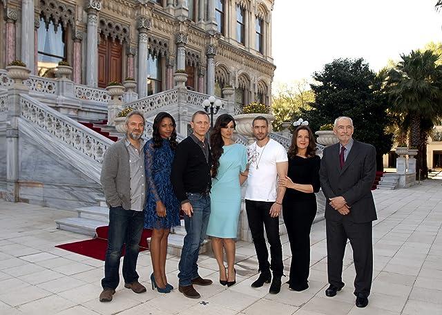 Sam Mendes, Barbara Broccoli, Daniel Craig, Naomie Harris, Ola Rapace, Michael G. Wilson, and Bérénice Marlohe at Skyfall (2012)
