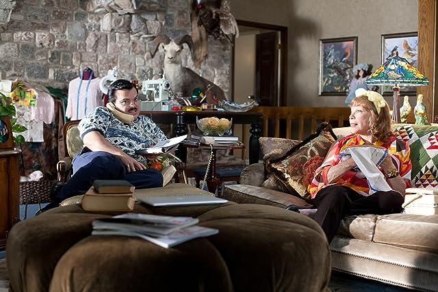 Shirley MacLaine and Jack Black in Bernie (2011)