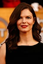 Jeanne Tripplehorn's primary photo