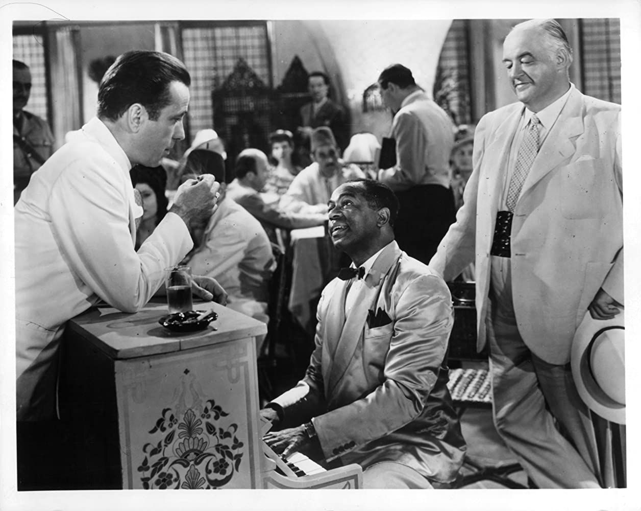 Humphrey Bogart, Sydney Greenstreet, and Dooley Wilson in Casablanca (1942)