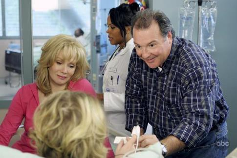 Jean Smart and Kevin Dunn in Samantha Who? (2007)