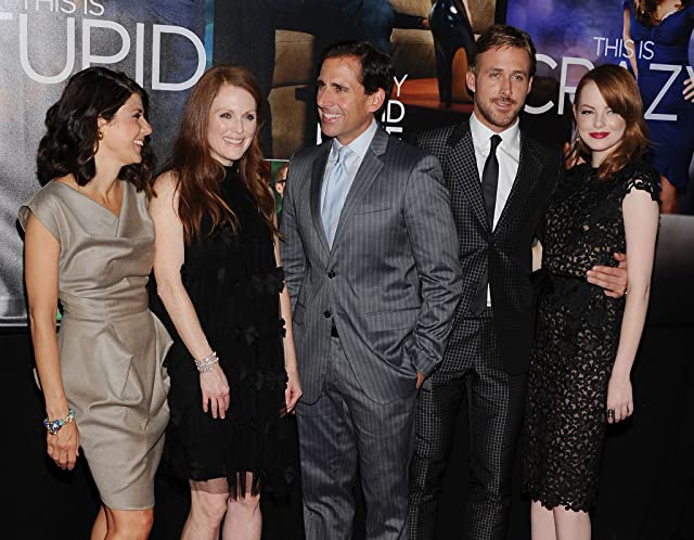 Julianne Moore, Marisa Tomei, Steve Carell, Ryan Gosling, and Emma Stone at Crazy, Stupid, Love. (2011)