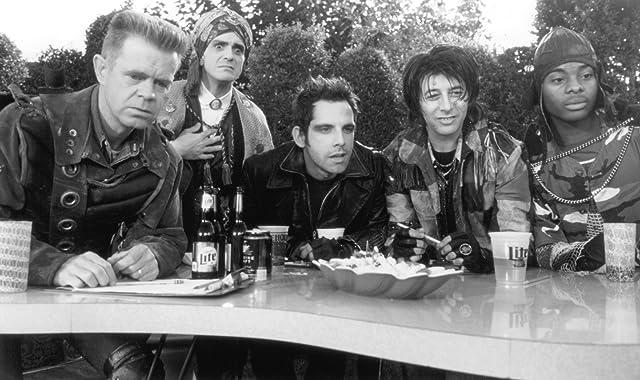 Hank Azaria, William H. Macy, Paul Reubens, Ben Stiller, and Kel Mitchell in Mystery Men (1999)