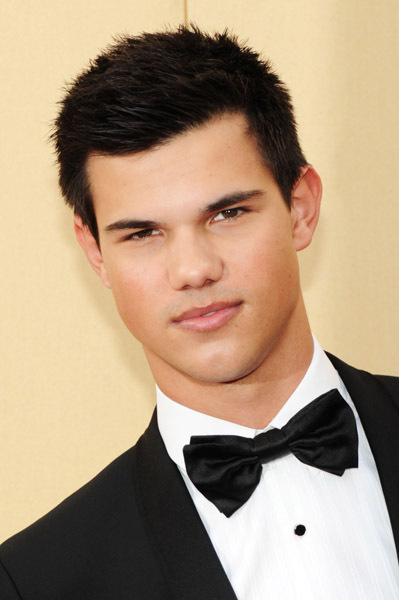 Taylor Lautner at event of The 82nd Annual Academy Awards