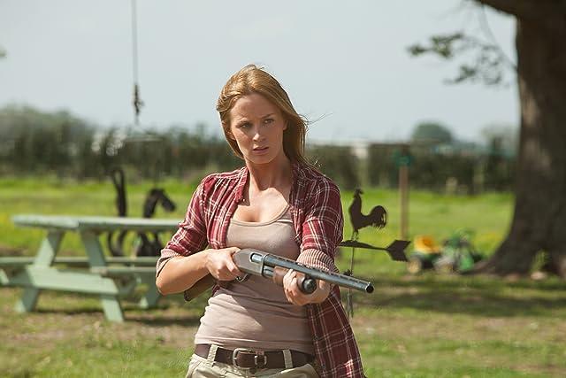 Emily Blunt in Looper (2012)