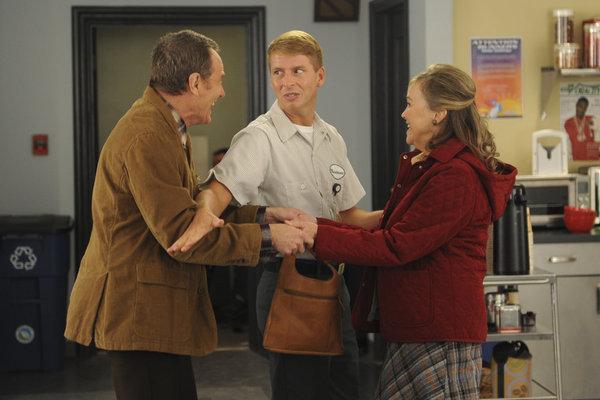 Catherine O'Hara, Bryan Cranston, and Jack McBrayer in 30 Rock (2006)