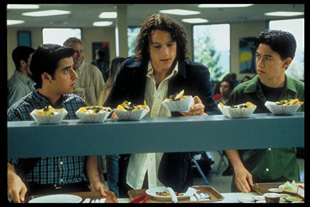 Heath Ledger, Joseph Gordon-Levitt, and David Krumholtz in 10 Things I Hate About You (1999)
