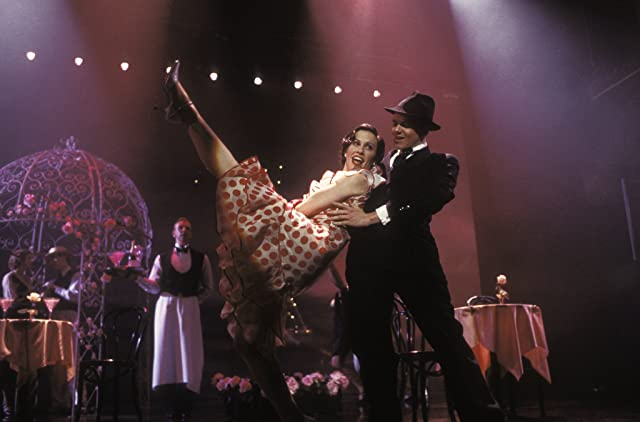 Alanis Morissette in De-Lovely (2004)