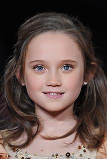 Aktori Isabelle Allen
