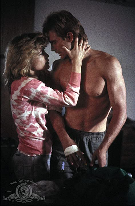Linda Hamilton and Michael Biehn in The Terminator (1984)