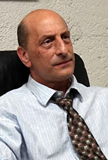 Aktori Emilio Palame