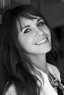 Aktori Tasma Walton