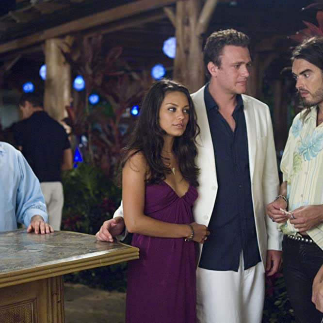 Mila Kunis, Kristen Bell, Jason Segel, Russell Brand, and Jonah Hill in Forgetting Sarah Marshall (2008)