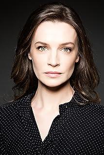 Aktori Catherine Walker