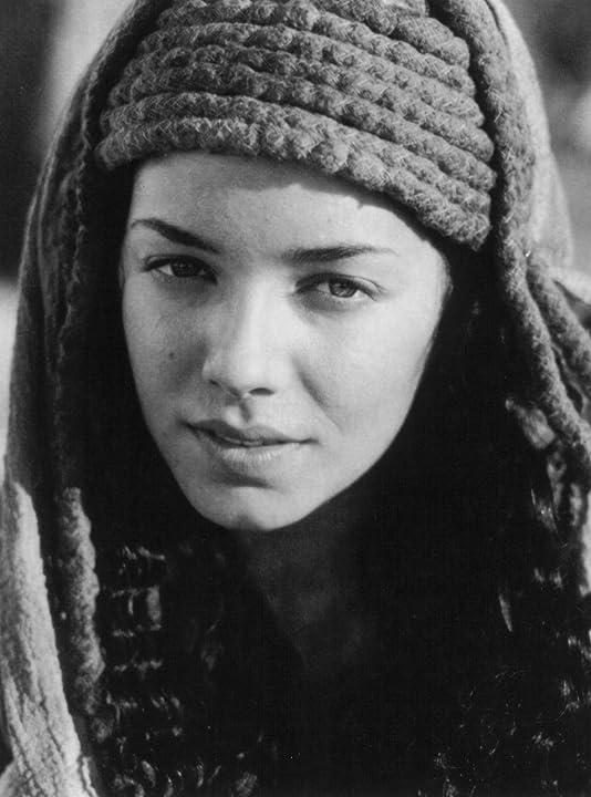 Mili Avital in Stargate (1994)