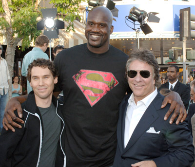 Bryan Singer, Jon Peters, and Shaquille O'Neal at Superman Returns (2006)