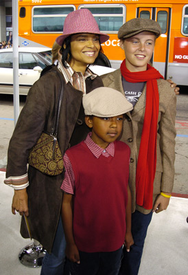 Victoria Rowell at an event for The Polar Express (2004)