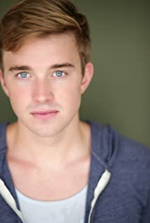 Chandler Massey Picture