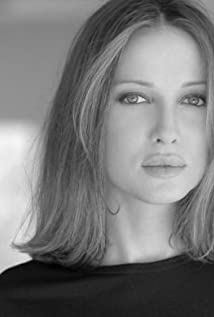 Aktori Kate Beahan