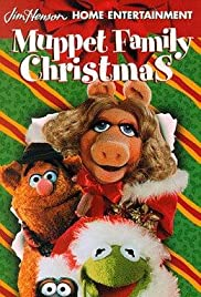 A Muppet Family Christmas Poster