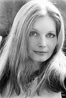 Catherine Schell Picture