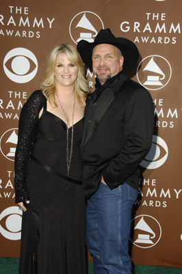 Garth Brooks and Trisha Yearwood at The 48th Annual Grammy Awards (2006)