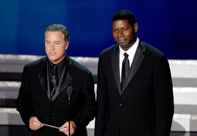 Dennis Haysbert and William Petersen at an event for The 58th Annual Primetime Emmy Awards (2006)
