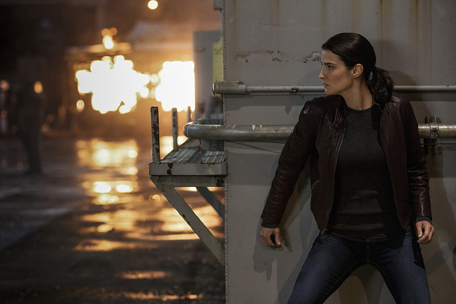 Cobie Smulders in Jack Reacher: Never Go Back (2016)
