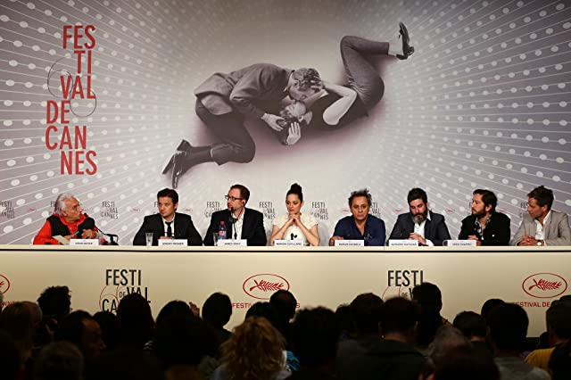 Marion Cotillard, James Gray, Anthony Katagas, Darius Khondji, Jeremy Renner, and Greg Shapiro at an event for The Immigrant (2013)