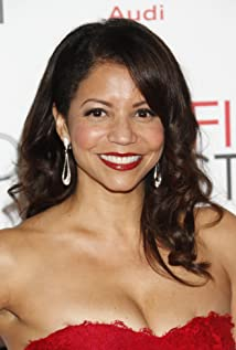 Gloria Reuben Picture