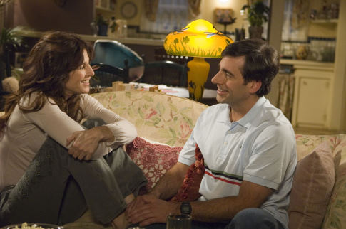 Catherine Keener and Steve Carell in The 40-Year-Old Virgin (2005)